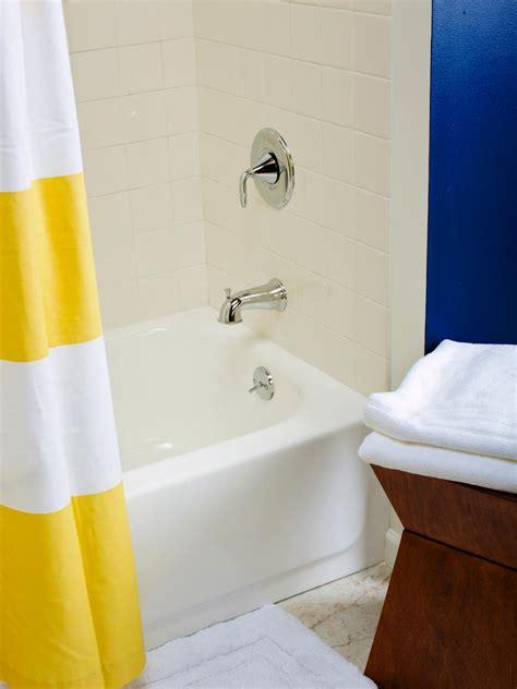 spray paint tiles bathroom awesome spray paint bathroom tiles 28 to home design