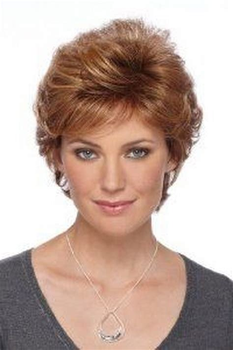 feather cut hairstyle 60 s style short feathered hairstyles for women