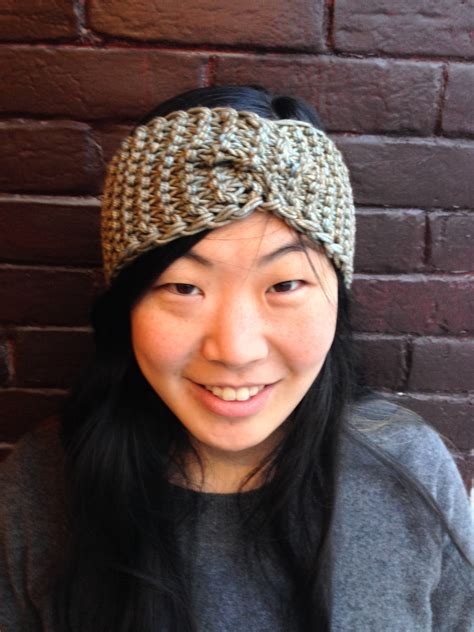 knitting patterns for headbands i m with the band a knitted headband story the knit cafe