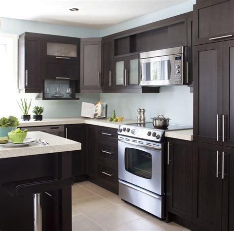 armoires de cuisine de style contemporain l 238 lot et la
