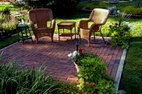 small backyard landscape design ideas small backyard design ideas on a budget plus landscape for