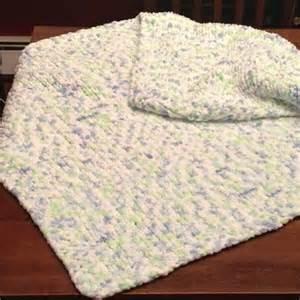 bernat baby knitting patterns knit baby blanket with seed stitch border uses bernat