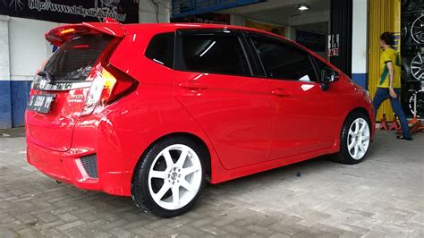 Modifikasi Mobil Merah by Modifikasi Mobil Honda Jazz Rs Warna Merah Jual Velg