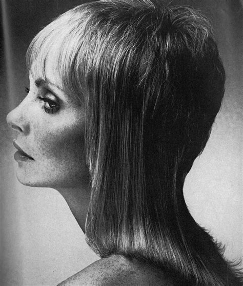 feather cut hairstyle 60 s style 1970 s feather cut 1970 s pinterest