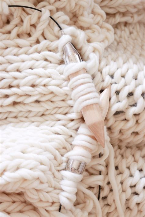 knitting blanket with circular needles how to knit a chunky wool blanket free downloadable
