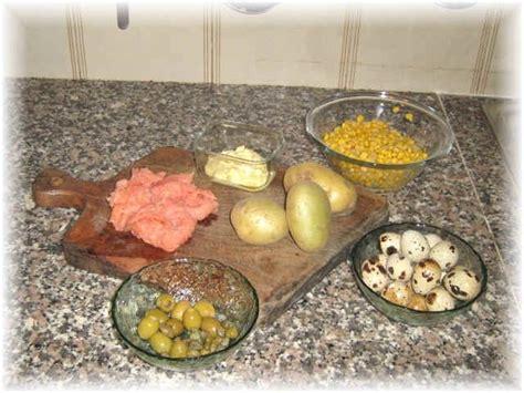 cocinar salm n como preparar la ensalada de patatas al salm 243 n ahumado