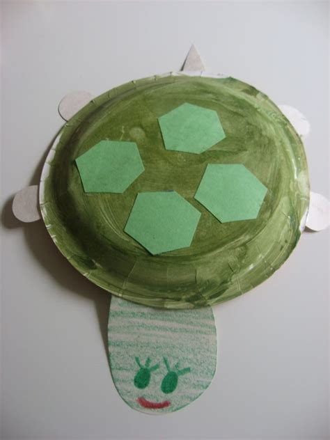 paper plate turtle craft 101 crafts with paper plates northshore parent