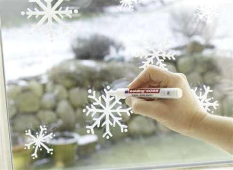 Fensterdeko Weihnachten Sprühschnee by Weihnachtliche Fensterbilder Kreativ Welt De