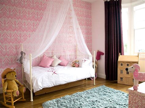 Canupy Content by Black Wooden Canopy Bed With White Curtains Also