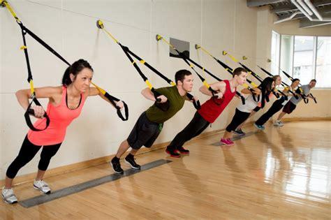 entrenamiento trx en casa 3 ejercicios con trx para hacer en casa no pueden ser m 225 s