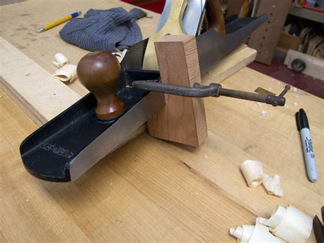 awesome woodworking an awesome edge jointing jig popular woodworking magazine