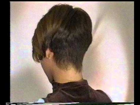 bobbed haircut with shingled npae clippered napes youtube