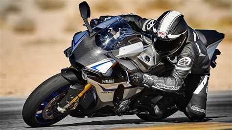 Yamaha Car Wallpaper by 2015 Yamaha R1 R1 M Hd Wallpapers