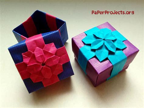 origami present origami flower gift box comot