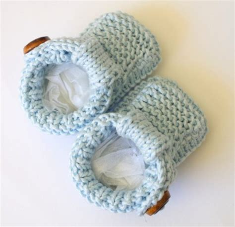 free baby boots knitting pattern baby shoes knitting pattern pattern duchess