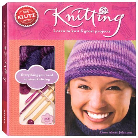 books for knitting knitting book kit for beginners klutz craft kits for
