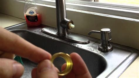 kitchen faucet leaking how to fix a leaky kitchen faucet pfister cartridge