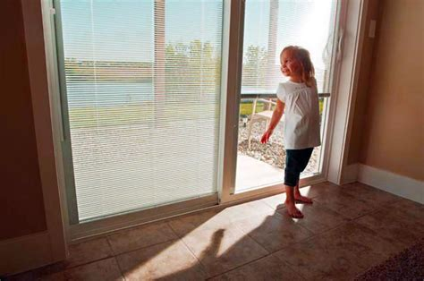 sliding glass patio doors with built in blinds sliding patio doors with built in blinds 2 sliding patio