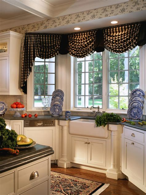 kitchen window covering ideas the ideas of kitchen bay window treatments theydesign net theydesign net