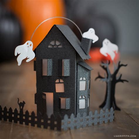 haunted house crafts for paper craft haunted house by lia griffith project