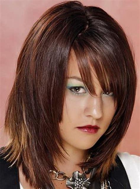 layered medium lenght hair with bangs layered medium length haircuts with bangs