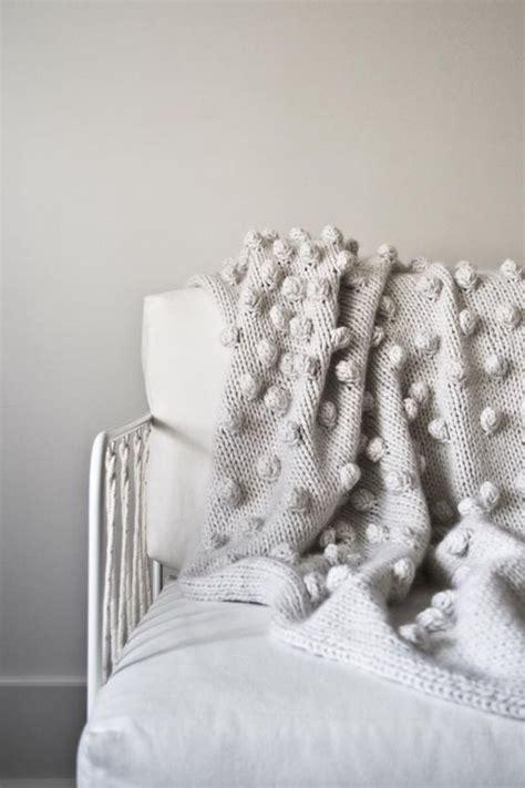 bobble blanket knit pattern falling bobbles blanket purl soho purl soho knitting