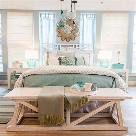 coastal bedroom design best 25 coastal bedrooms ideas on master