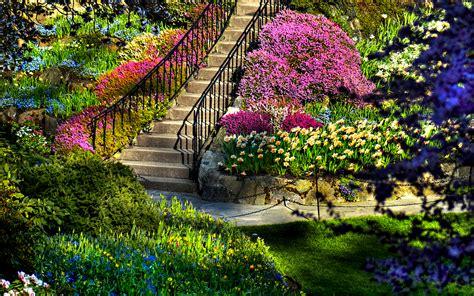 beautiful garden lush greenery pictures beautiful gardens wonderwordz