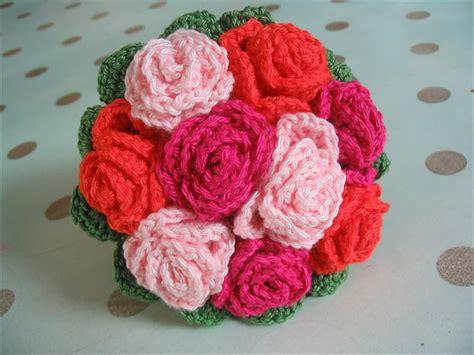 knitted bouquet pattern 37 flower bouquet crochet pattern free diy to make