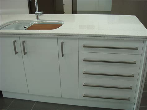 handles for kitchen cabinet doors kitchen cabinets with handles quicua