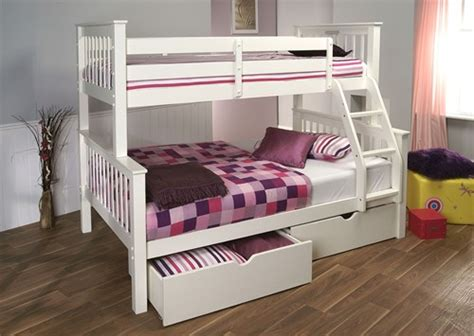 three sleeper bunk beds pavo high three sleeper bunk bed white limelight beds