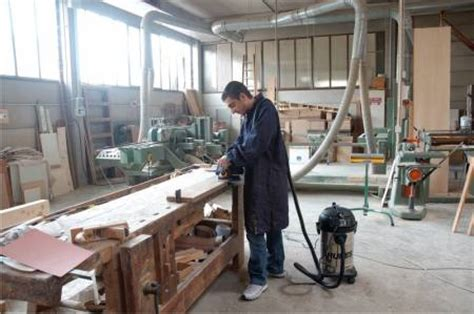 woodwork dust extraction wood sawdust wood chipping extraction systems units
