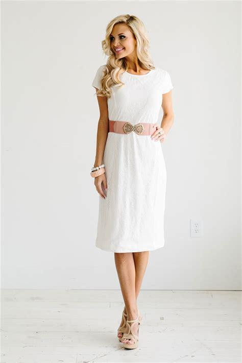 for dress white lace modest dress modest bridesmaids
