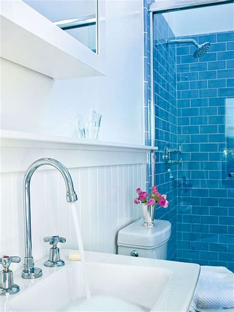 Bathroom Tiles Blue And White by 5 Techniques To Use Blue Color In Bathroom Tile Design