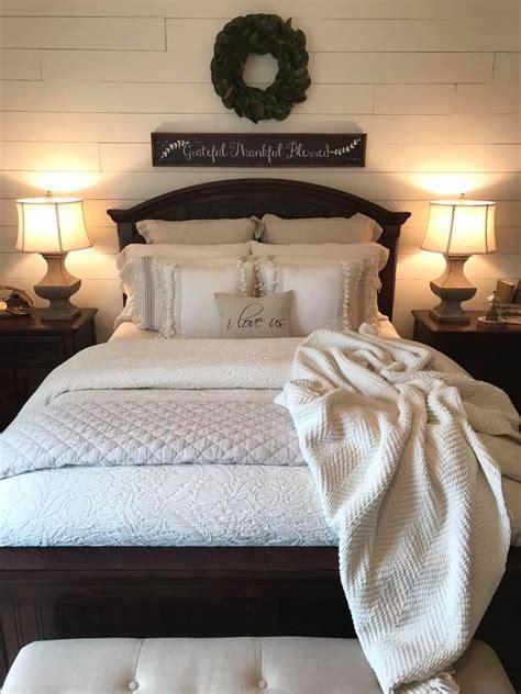 bedding ideas for master bedroom best 25 bedding ideas on