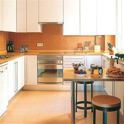 20 spacious small kitchen ideas kitchen design with peninsula 20 modern kitchen designs