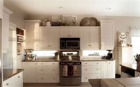 kitchen cabinet decorating ideas 10 best ideas for modern decor above kitchen cabinets