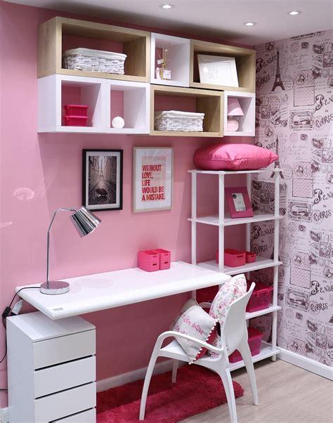 nichos para decorar quarto feminino pequeno decorado papel de parede