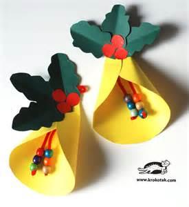 bell craft krokotak an easy bell and paper wreath