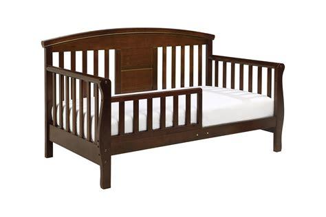 baby toddler bed elizabeth ii convertible toddler bed davinci baby