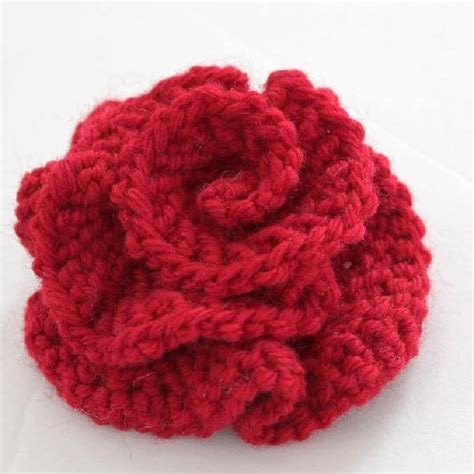 knitted patterns for free best 25 knit flowers ideas on diy knitting