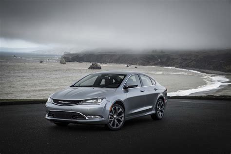Chrysler 200 Price Range by 2015 Chrysler 200c Front Three Quarters Photo 40
