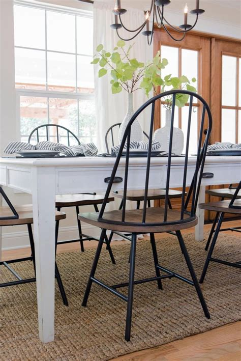 farmhouse dining table and chairs best 25 farmhouse table chairs ideas on