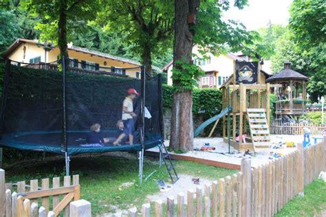 Englischer Garten München Kinderspielplatz by Spielplatz Gasthof Hinterbr 252 Hl M 252 Nchen Biergarten