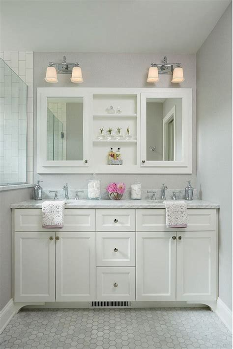bathroom mirror cabinet ideas best 25 cape cod bathroom ideas only on