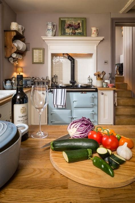 cottage kitchens 1000 ideas about cottage kitchens on