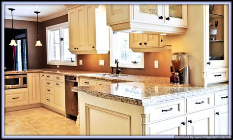 custom kitchen cabinets decorating ideas