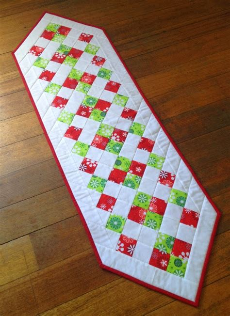 easy table runner easy table runner sew today clean tomorrow