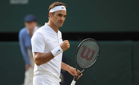 roger federer roger federer breezes into wimbledon semis after beating