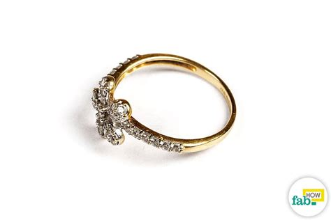 how to make gold jewelry shine best way to clean gold jewelry style guru
